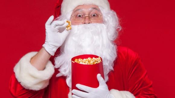 Una decoración navideña de lo más crujiente con palomitas de maíz